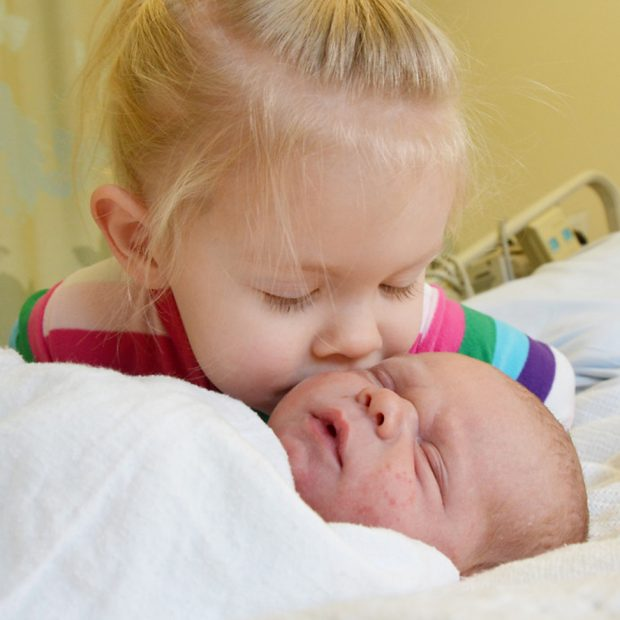 How To Prevent Sibling Jealousy With New Baby